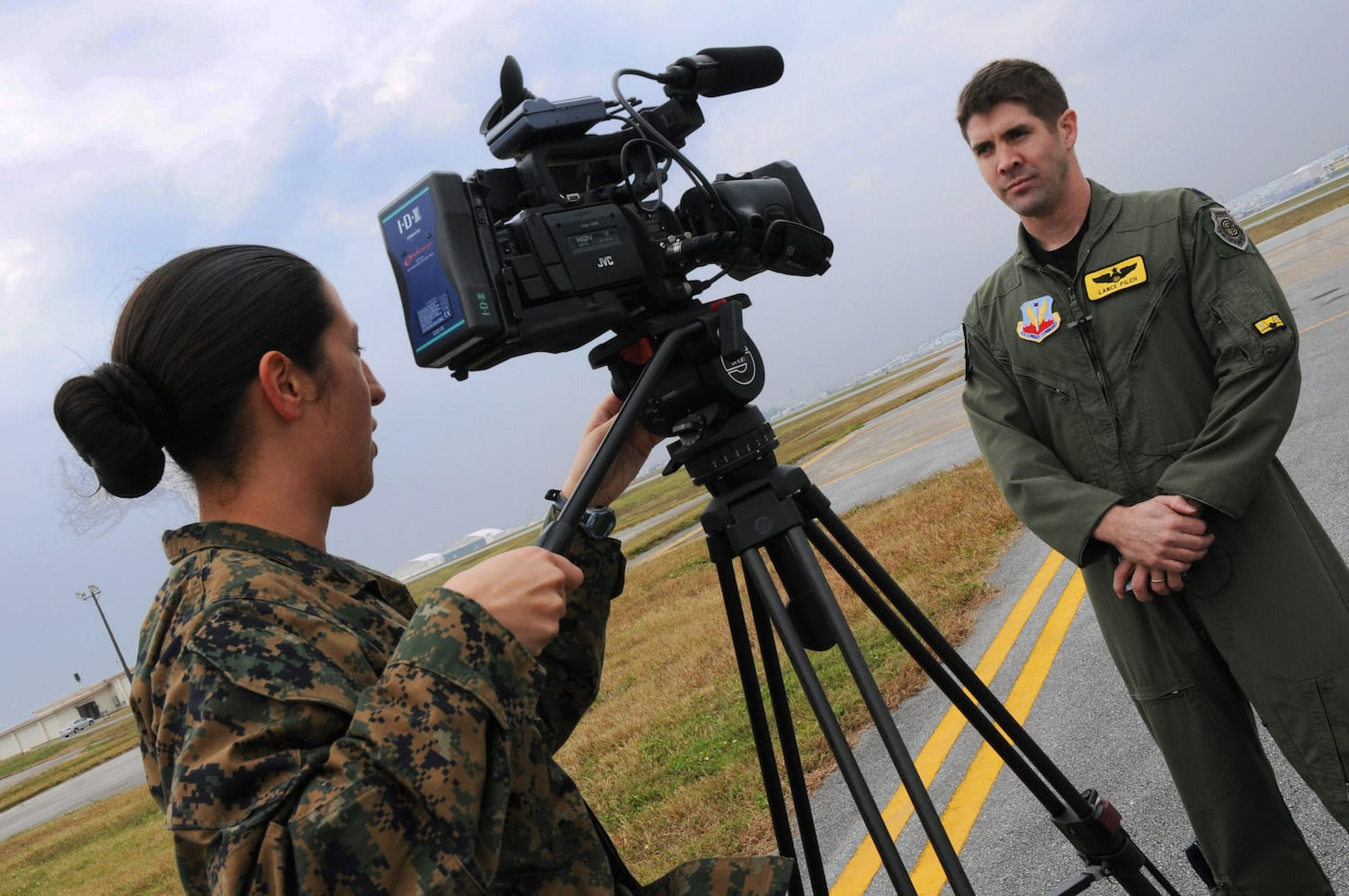 Armed Forces Network Broadasting, Use Military Skills to Earn Extra Income, Nihonn Hustle